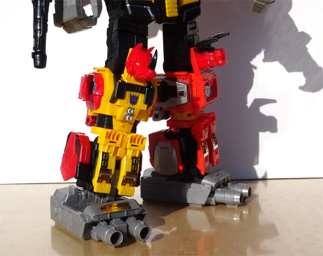 transformers_predaking_bottom
