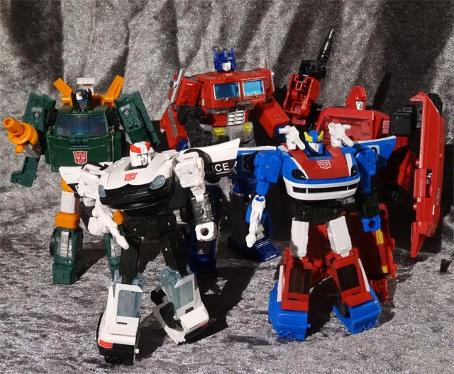 transformers_prowl_ironhide02